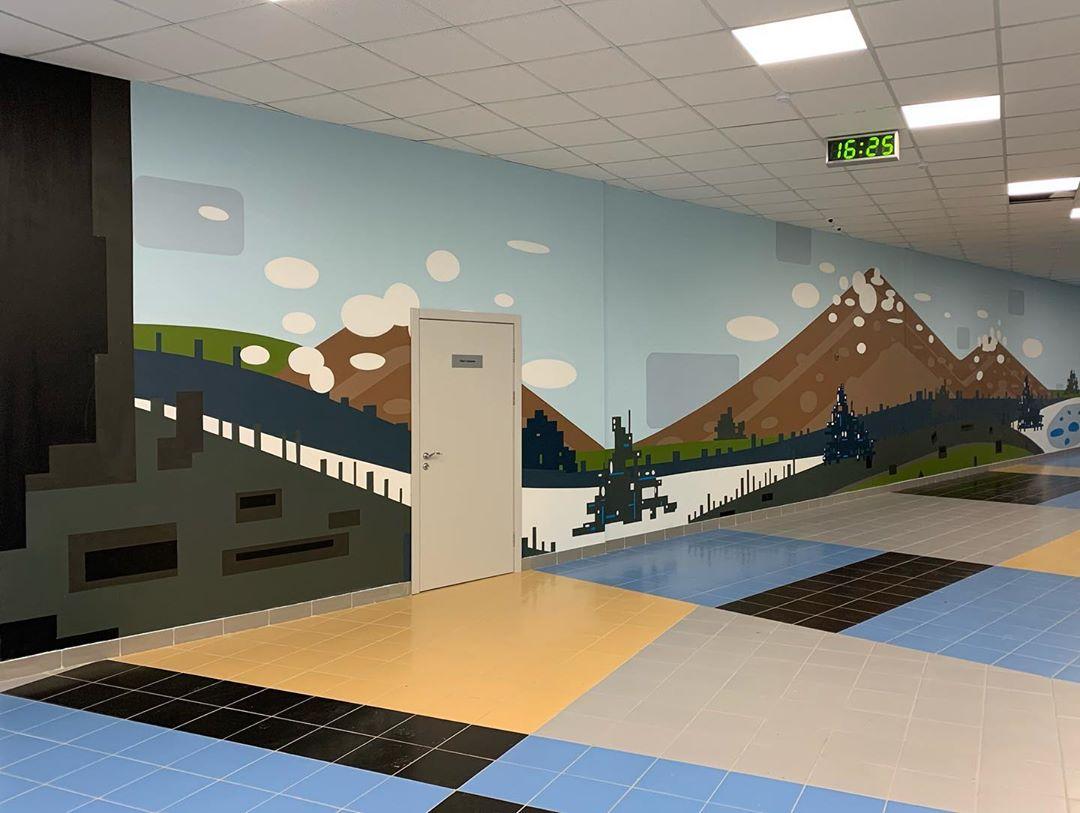 Роспись гор на стене
